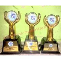 Jual Piala Logam Aqua convention