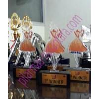Jual Plakat Acrylic Kejuaraan Menari