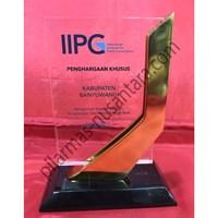 Plakat Acrylic Penghargaan Kabupaten