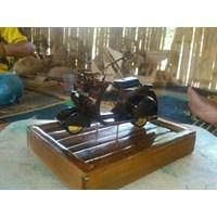 Miniatur Motor Bambu