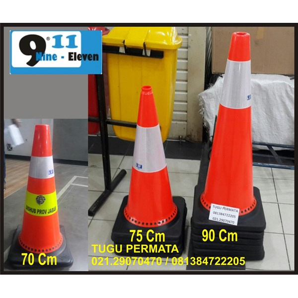 Traffic Cone Base Hitam 75 Cm 911