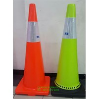 Traffic Cone Hijau Base Hitam 90 Cm 911