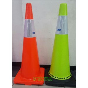 Traffic Cone Hijau Base Hitam 90 Cm 911