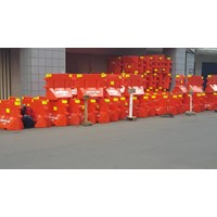 ROAD BARRIER BNH WATER BARRIER BNH TRAFFIC BLOCK B