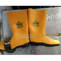 Sepatu Safety  Boot Legion Kuning