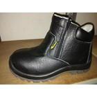 Sepatu Safety 9