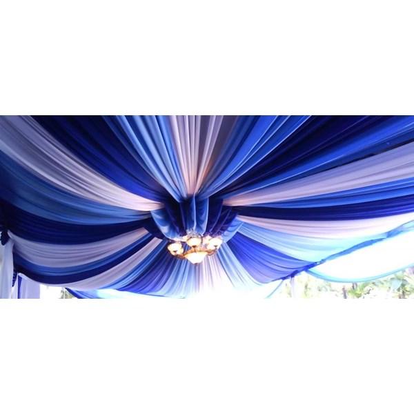 Plafon Tenda Pesta Dan Rumbai-rumbai