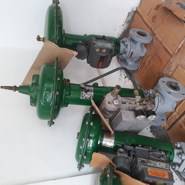 """Control Valve FISHER second hand c/w positioner size 1""""~3"""""""