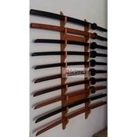 KIMU Collections: Dragon Claw Wall Katanakake (Rak Pedang) 10 Tingkat - Dinding