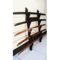 KIMU Collections: Dragon Claw Wall Katanakake (Rak Pedang) 5 Tingkat - Dinding