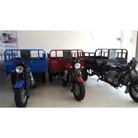 Sepeda Motor Roda Tiga