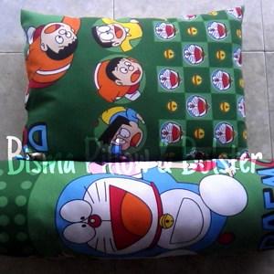 Bantal Guling Doraemon Green