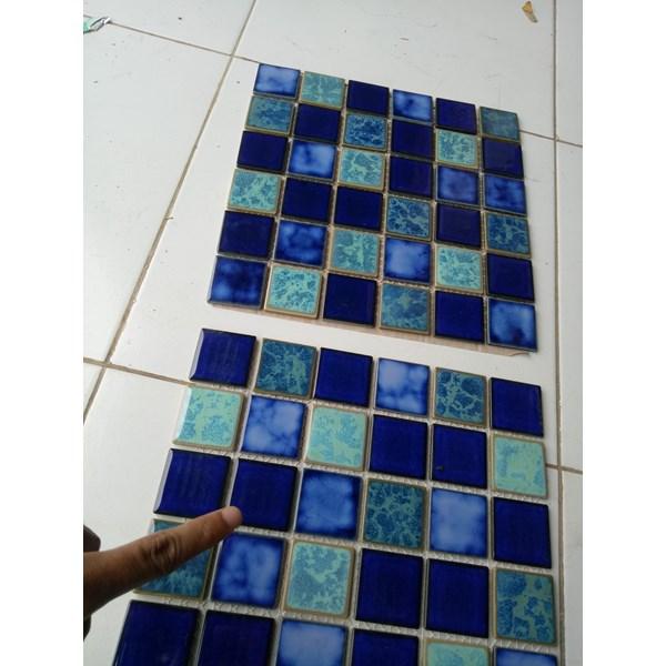 Mass Mosaic Tipe sqm  mix 28