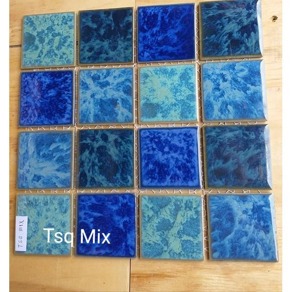 Keramik Kolam Renang  Tipe TSQ MIX