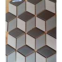 Keramik Mozaik  Tiga Dimensi