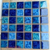 Keramik Kolam Renang  Tipe SQ MIX 542 SN