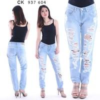 Jual celana boyfriend jeans CK 937 604  (size 31-34)
