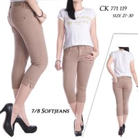7per8 Crop Jeans CK 771 119 ( SIZE 27-30)