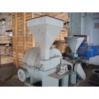 Distributor Mesin Pulverizer 500Kg Per Jam 3