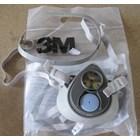 3M 3100 Respirator 1