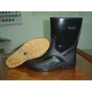 Jual Sepatu Boot Hitam Dan Hijau Wing On Harga Murah Bekasi oleh CV ... 0bf3da712b