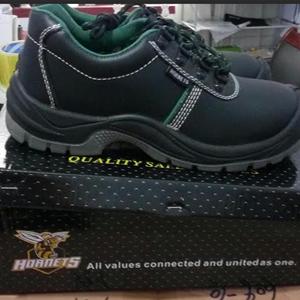 Jual sepatu safety Hornet Low Harga Murah Bekasi oleh CV. Abadi Teknik  Safety 75304ade7b