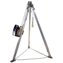 Tripod & Salalift II Confined Space Rescue System Alat Safety Lainnya