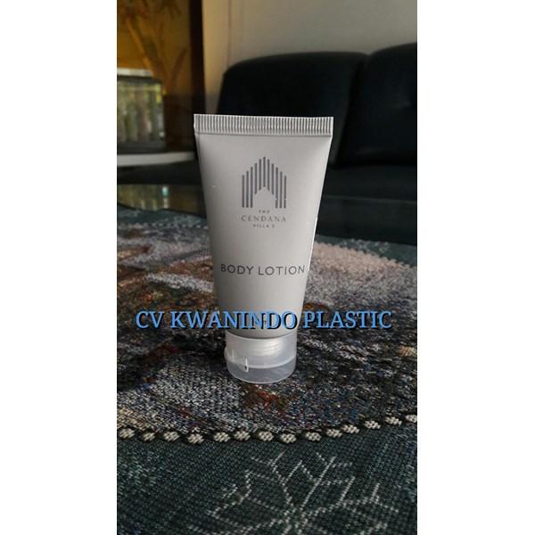 TUBE PLASTIK BODY LOTION