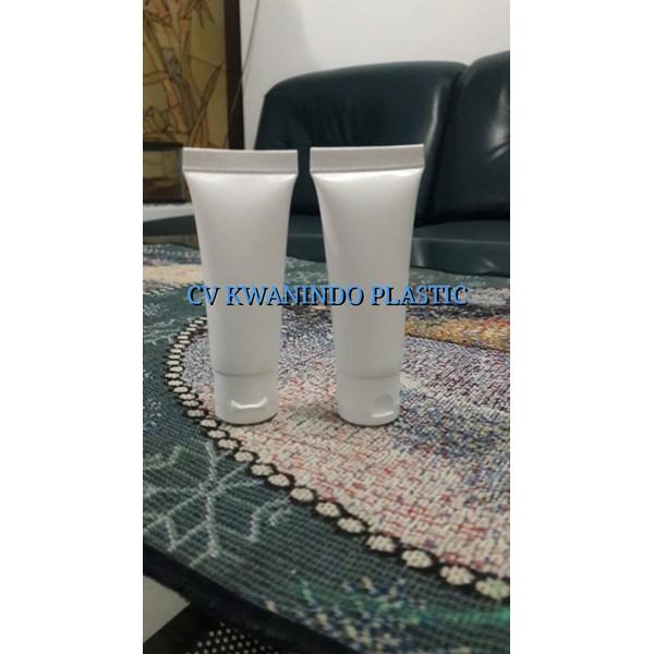 SOFT TUBE PLASTIK 20ML