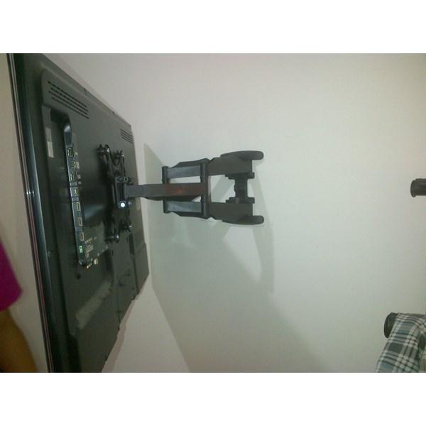 Bracket tv swivel North bayou tipe NB-P5 murah