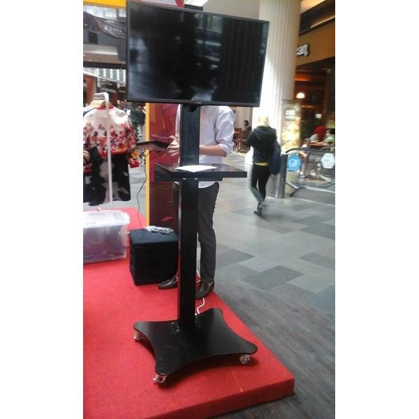 Bracket TV Standing Model kupu kupu