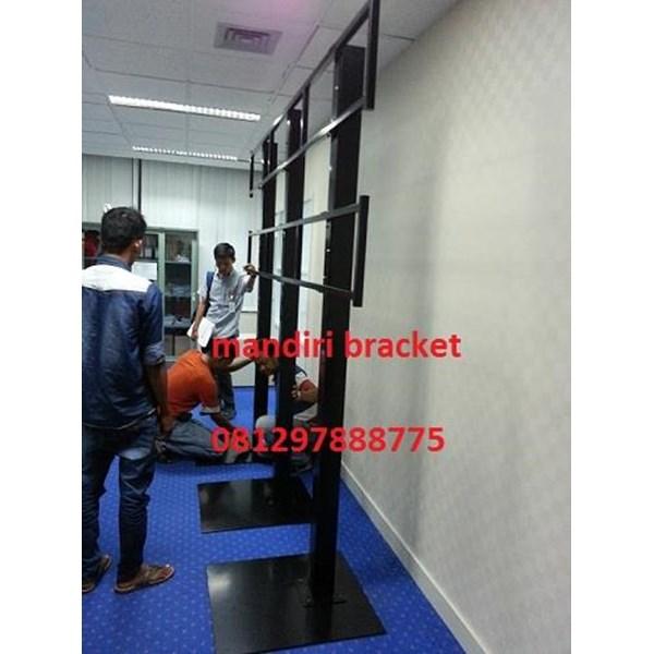 bracket tv video wall 2x3 stand roda  dan permanen murah jasa pembuatan
