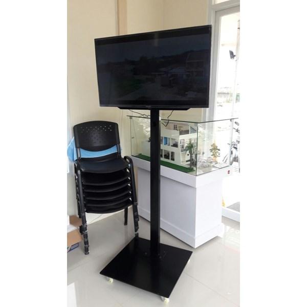 promo bracket tv standing 1 tiang plat kotak beli dua free kabel data hp to tv