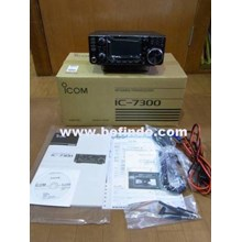 HF 50 Mhz Transceiver ICOM IC 7300 ( Touch Screen dan Built in Antenna Tuner )