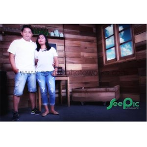 Prewedding Indoor Package 06 By PT. Seepic Photoworks