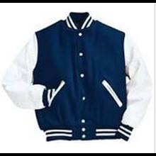 Jaket - Sweater Varsity.