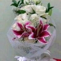 Beli hand bouquet Valentine Day 4