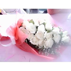 hand bouquet standing