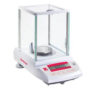 Analytical Balance  Pioneer PA214C  OHAUS