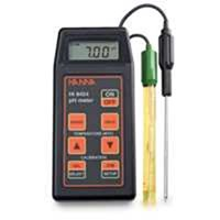 HI 8424 Portabel PH Meter