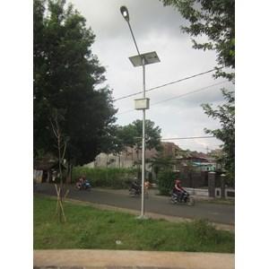 Distributor Lampu Jalan PJU / Lampu Jalan Tenaga Surya 90 watt