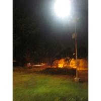 Dari Paket Lampu PJU/Lampu Jalan Tenaga Surya 100WATT Single Arm   1