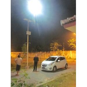 Dari Lampu Jalan Tenaga Surya 30 watt  2