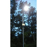 Lampu Jalan Tenaga Surya 40 watt Single Arm