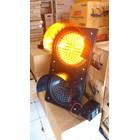 Lampu Warning Light Tenaga Surya 2 aspek 30cm DC 1