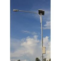 Lampu Jalan Tenaga Surya lengkap dengan Tiang Galv