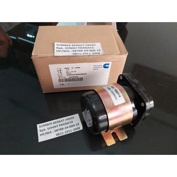 CUMMINS CCEC 3050692 SWITCH MAGNETIC 24V