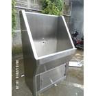 Scrub Sink 1 krane  Rumah Sakitsensor automatis MiM 4