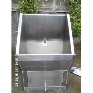 Scrub Sink 1 krane sensor automatis MiM