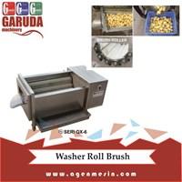 Mesin Pencuci dan Pengupas Buah dan Sayur Dengan Brush Roll